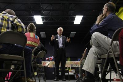 Richardson makes gubernatorial pitch during Hermiston visit