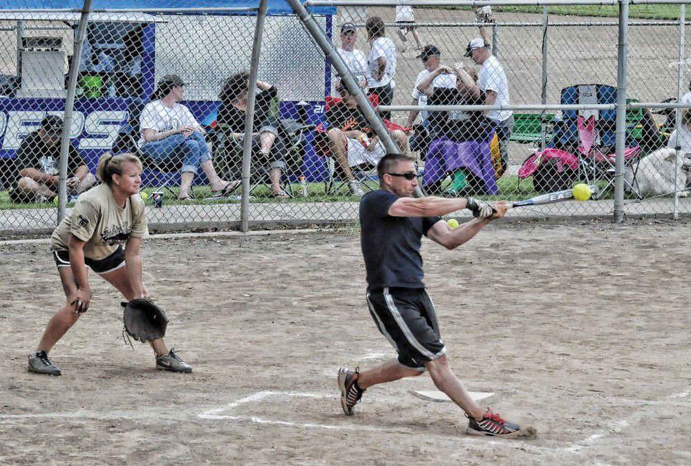 Hermiston softball tournament sets 'screen' on the sun