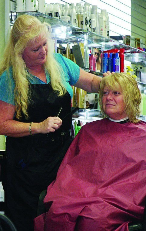 Salon relocates along Highway 395, near Fiesta Foods
