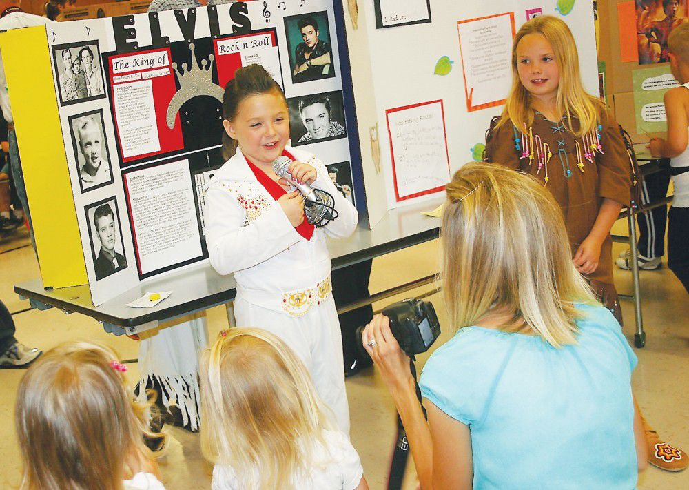 Hermiston students bring history alive at Highland Hills