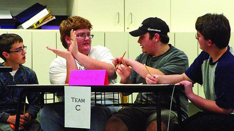 Students flex intellect, reaction time in year's first Knowledge Bowl