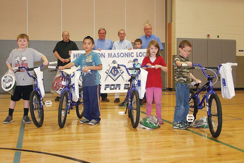 Hermiston elementary students earn 'Bikes for Books'