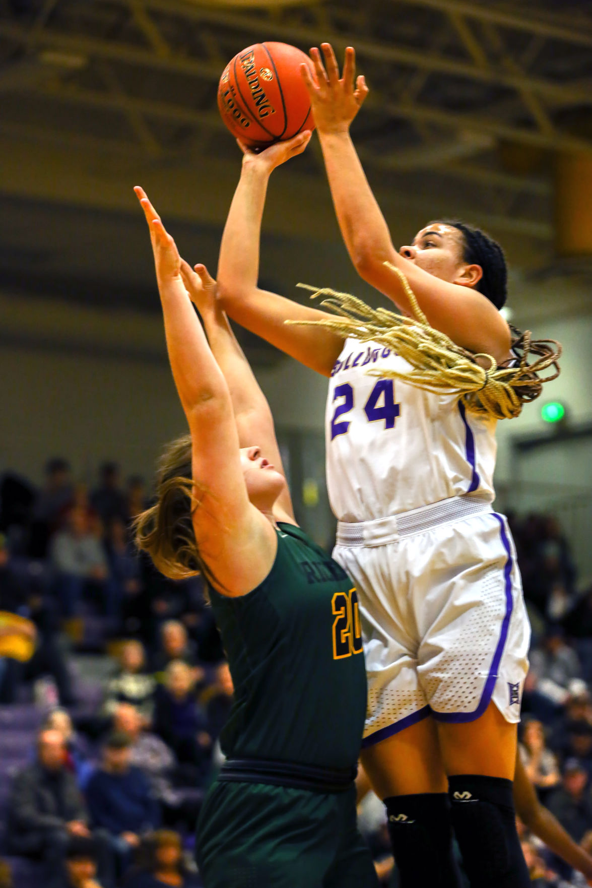 Girls hoops: Richland rallies in second half to beat Hermiston