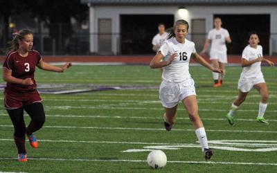 The Dalles beat Hermiston girls soccer, 1-0