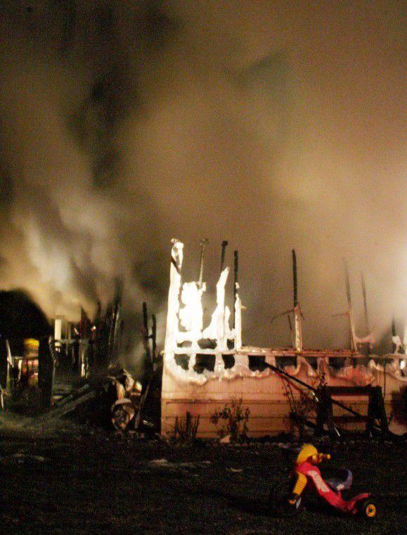 Fire engulfs Hermiston home