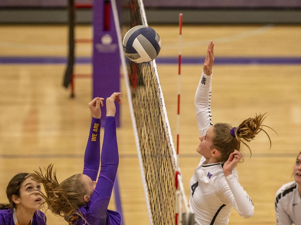 Hermiston v Hanford Volleyball