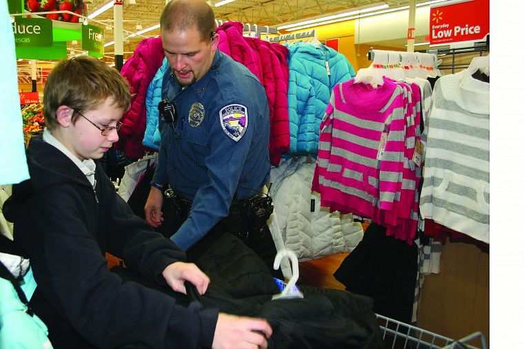 'Shop with a Cop' helps children buy gifts