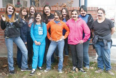 Umatilla students brush up for fundraiser