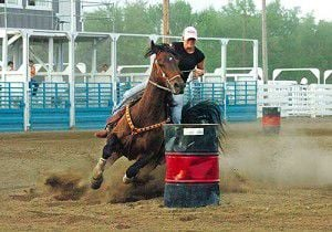 HHS grad Crossley named Rookie of the Year on new horse