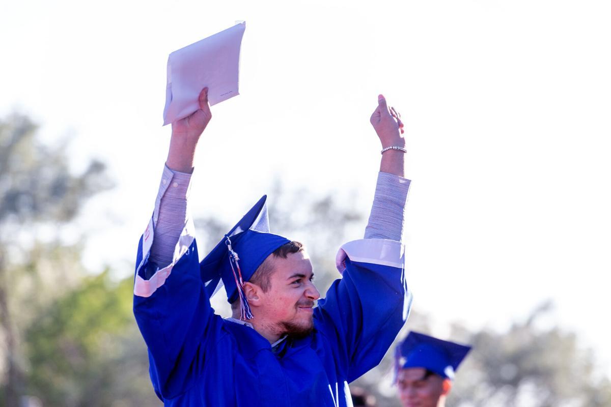 Umatilla graduation