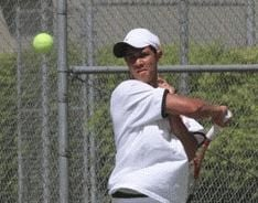 Four Bulldogs qualify for state on first day of boys' tennis IMC meet