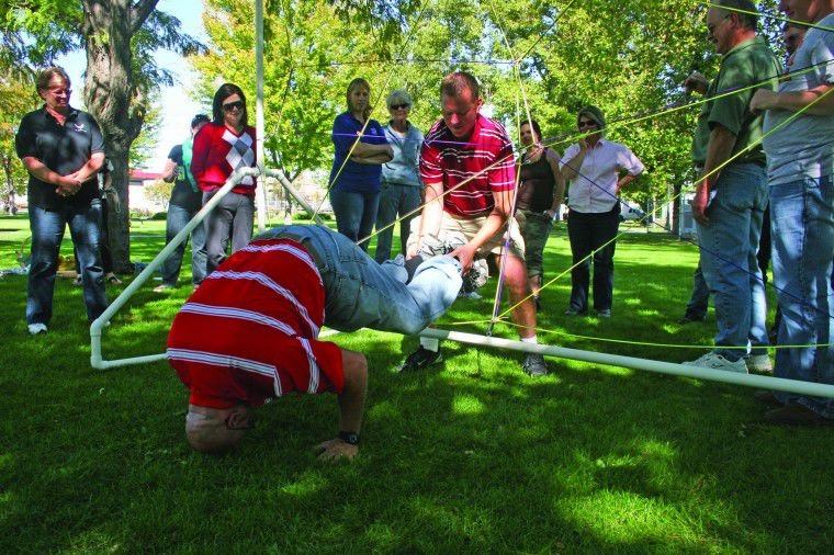 Chamber's Leadership Hermiston program welcomes new class for 2010-11