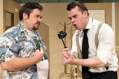 HHS graduate lands lead role in 'The Odd Couple'