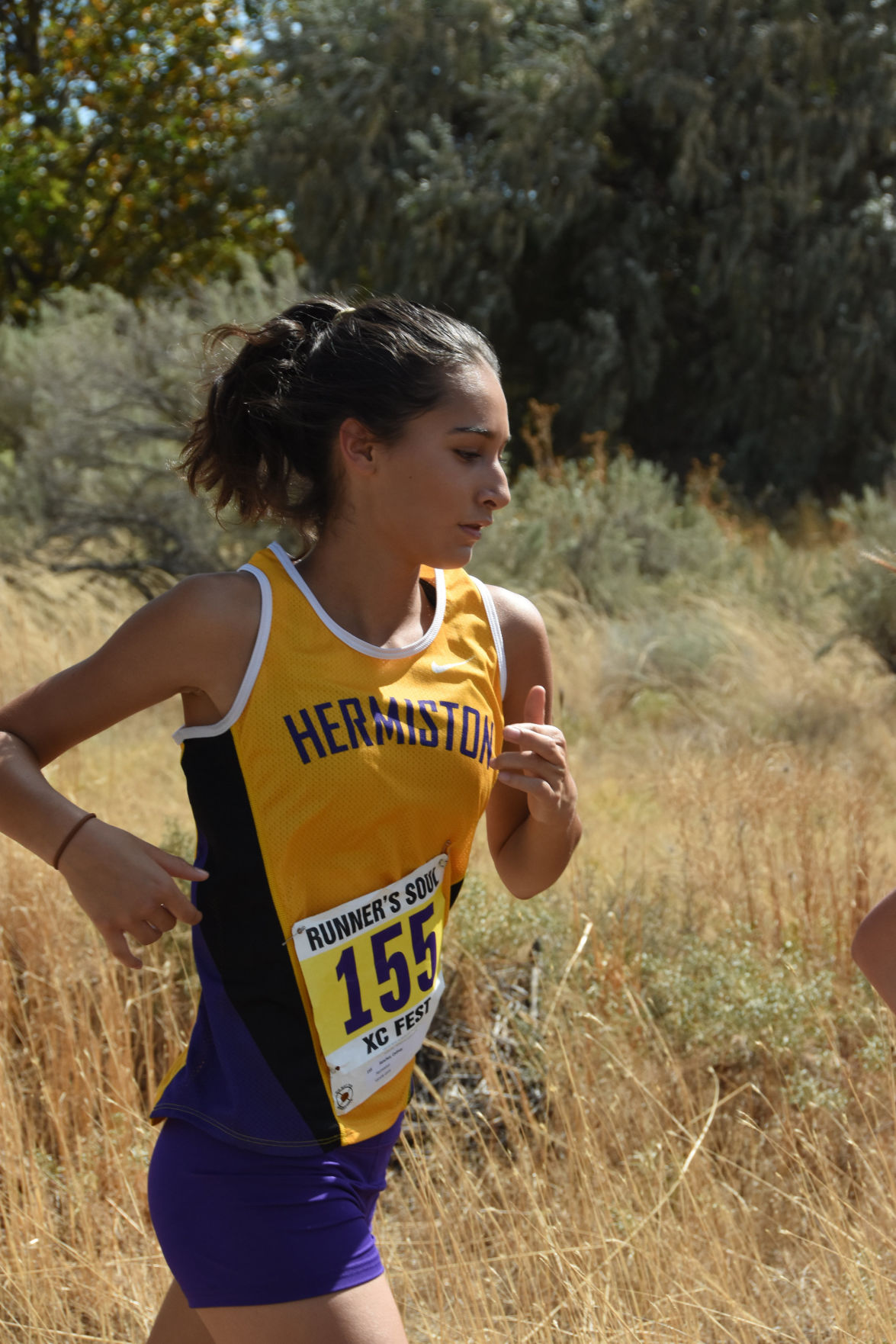 Hermiston finishes strong at Oregon City