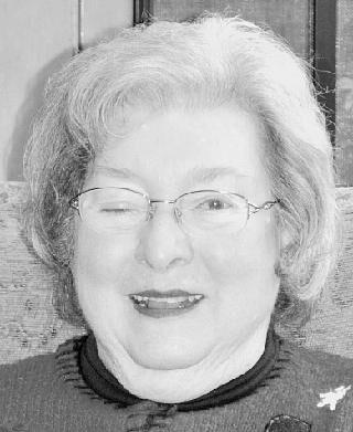 Ewy Oltjen, Carolyn