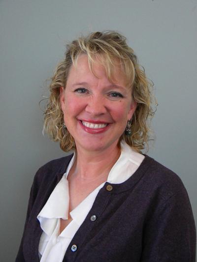Dr. Julie Rosa
