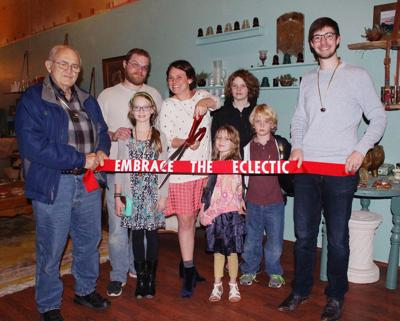 Embrace the Eclectic opens its doors in downtown Hiawatha | News