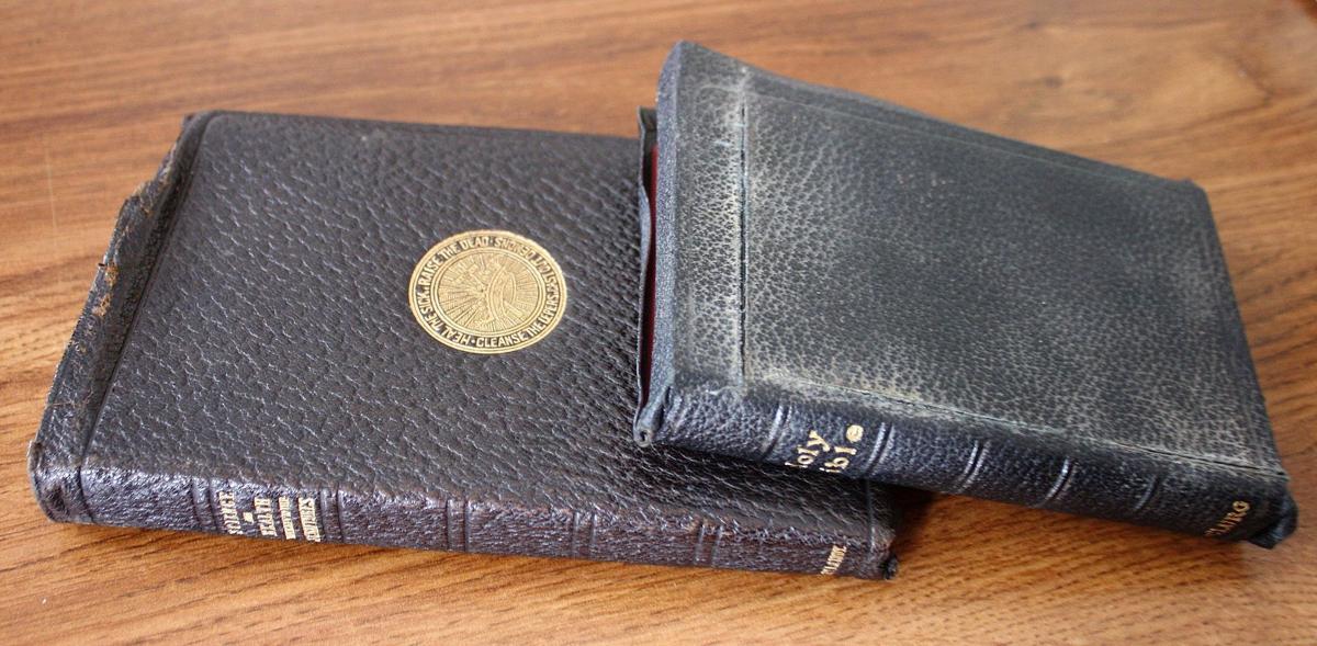 160520_hwnews_bibles
