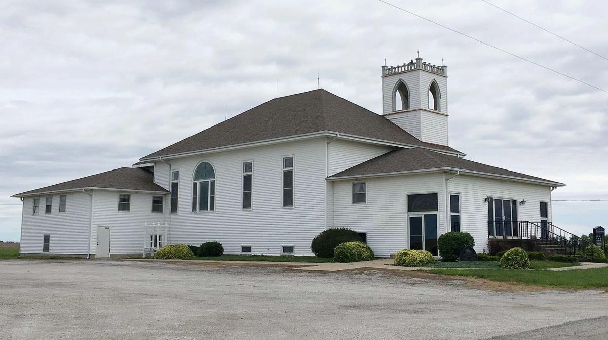 Kansas brown county everest - 170526_hwreligion_church