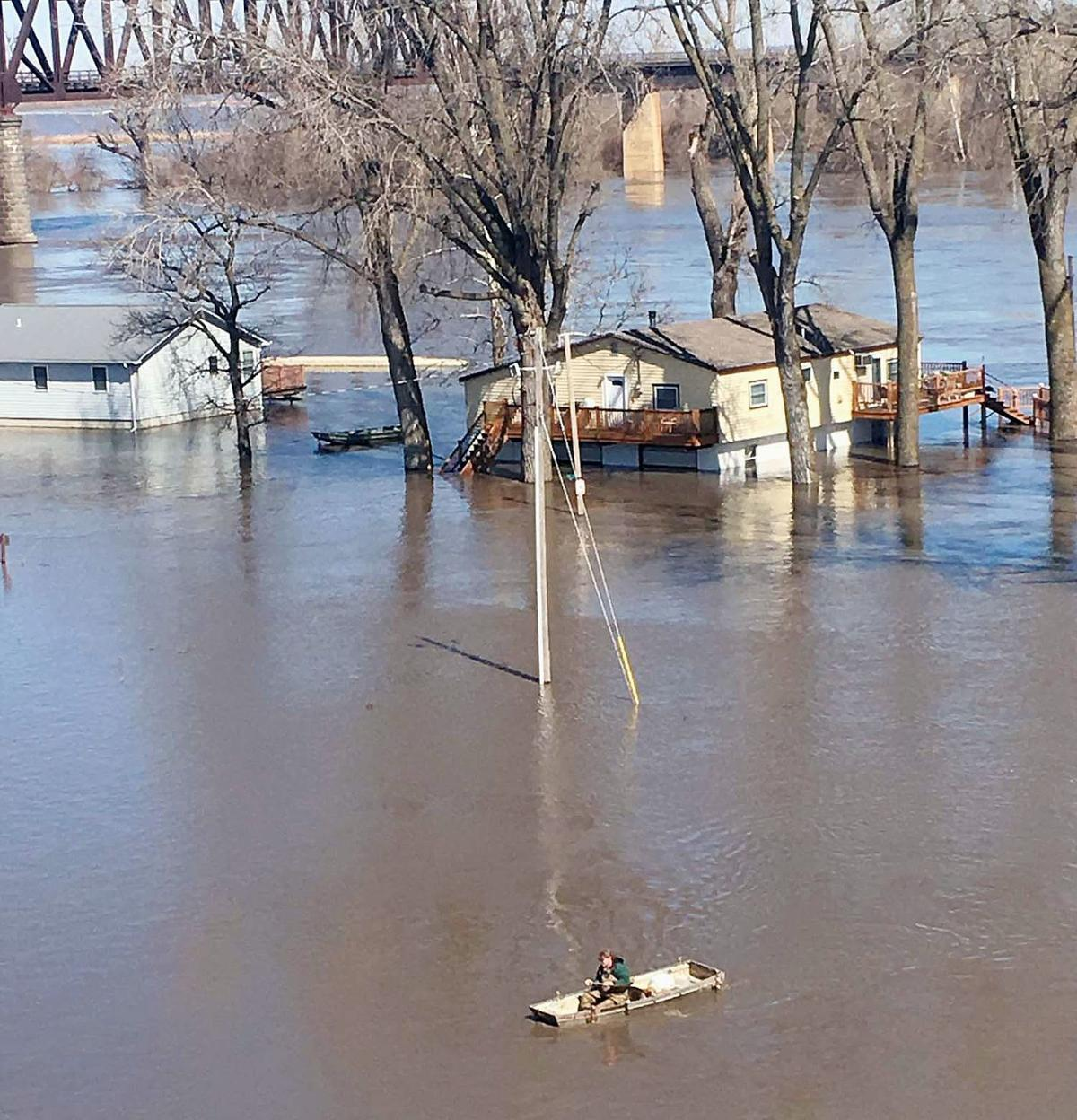 Missouri River flooding leaves behind devastation | Hiawatha World