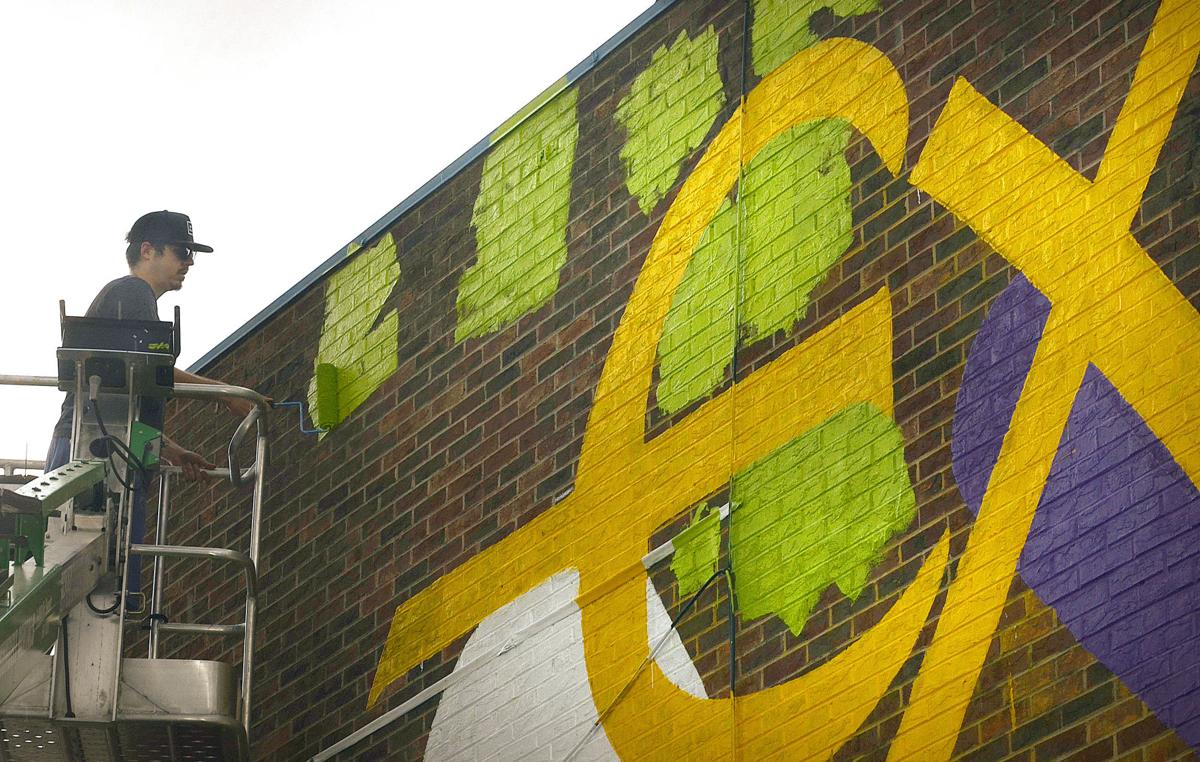 Artist is filling walls of Exodus Homes with art, joy | News ...
