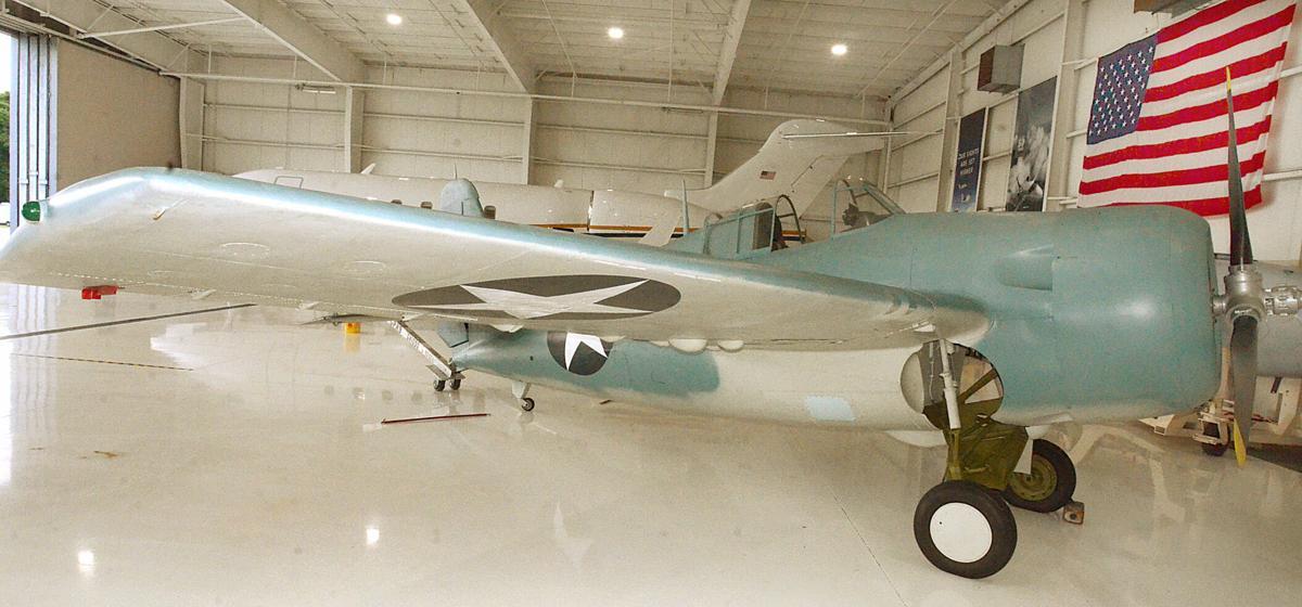 080921-hdr-news-newplane-p2