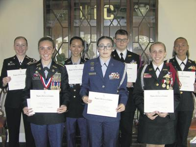 DAR chapter honors students