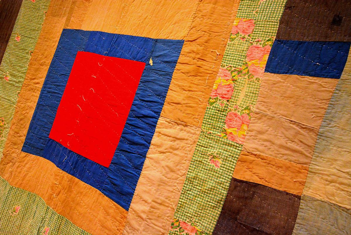 100921-hdr-news-quilts-p2