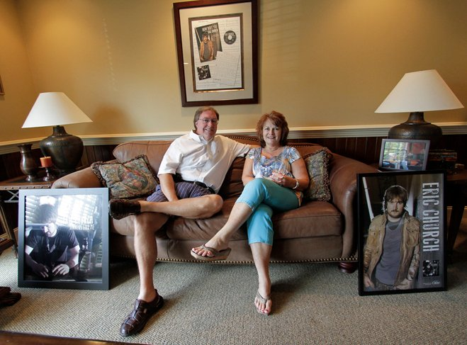 Eric Church S Mom Dad Celebrate Their Son S Rise To