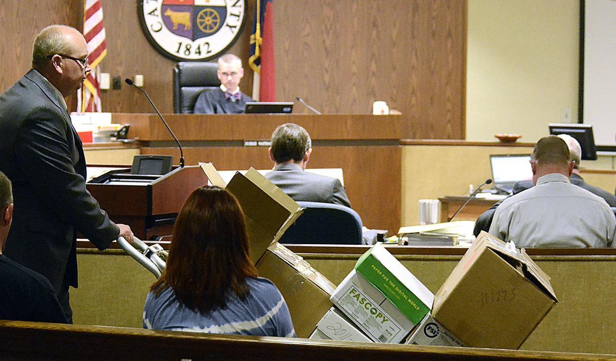 Gunshot residue scientist testifies in Hewitt triple ...