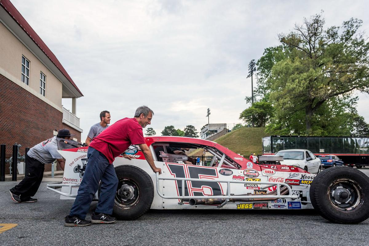 Discovery Channel to film Bowman Gray racing this season