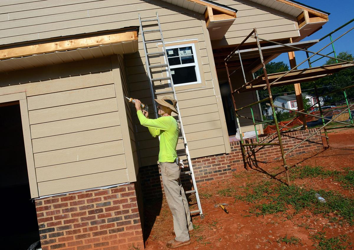 082821-hdr-news-housing-p1