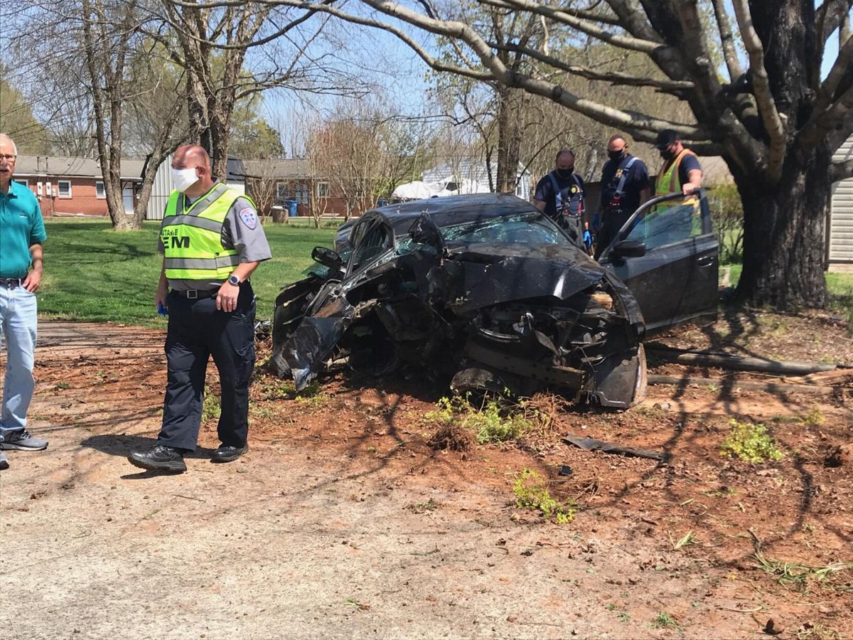 car hit house 12.jpg