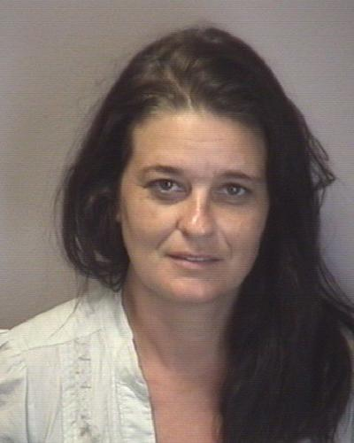 Woman charged in pizza restaurant larceny