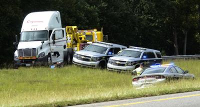 Tractor trailer wreck I-40