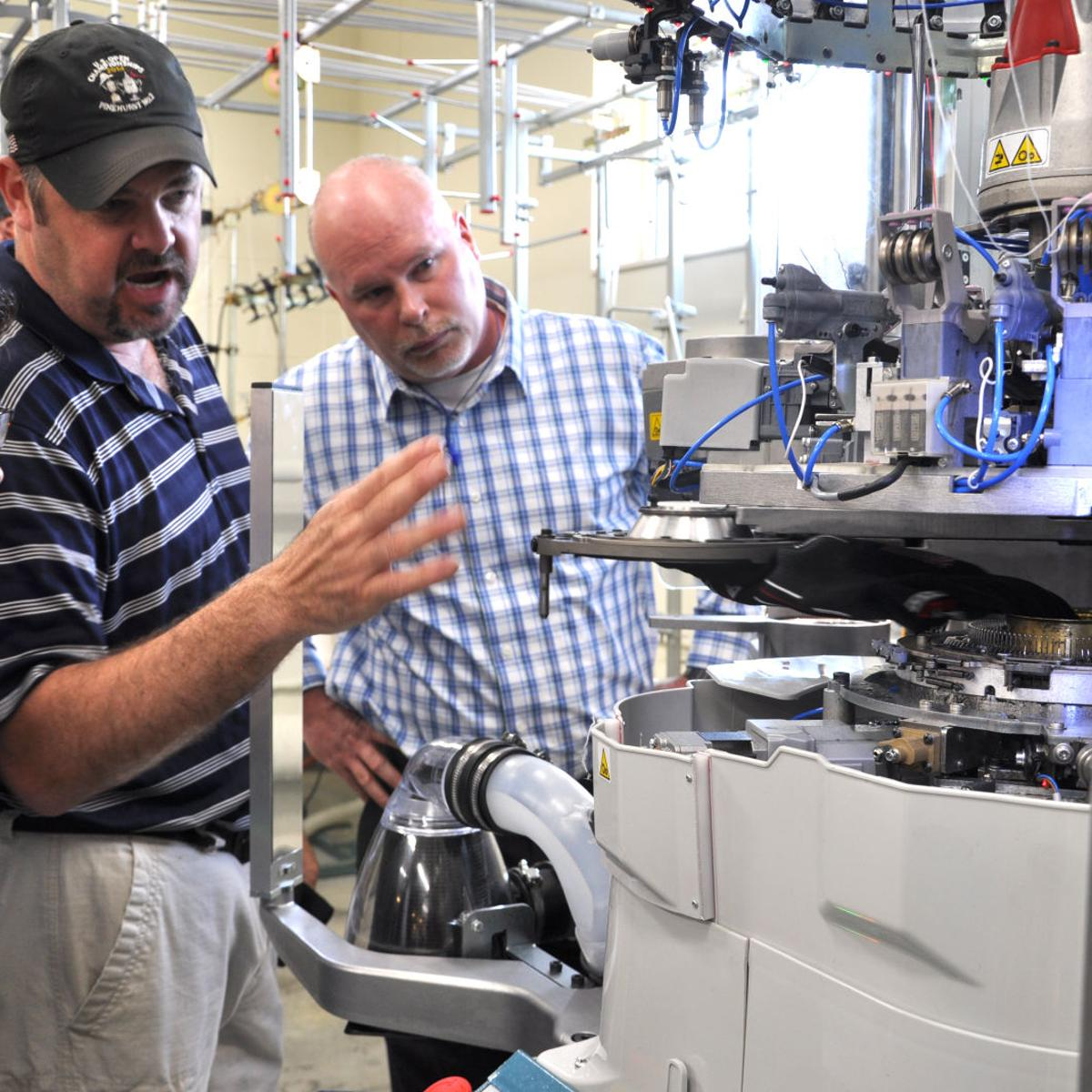 Hosiery equipment manufacturer showcases machines in Conover | News