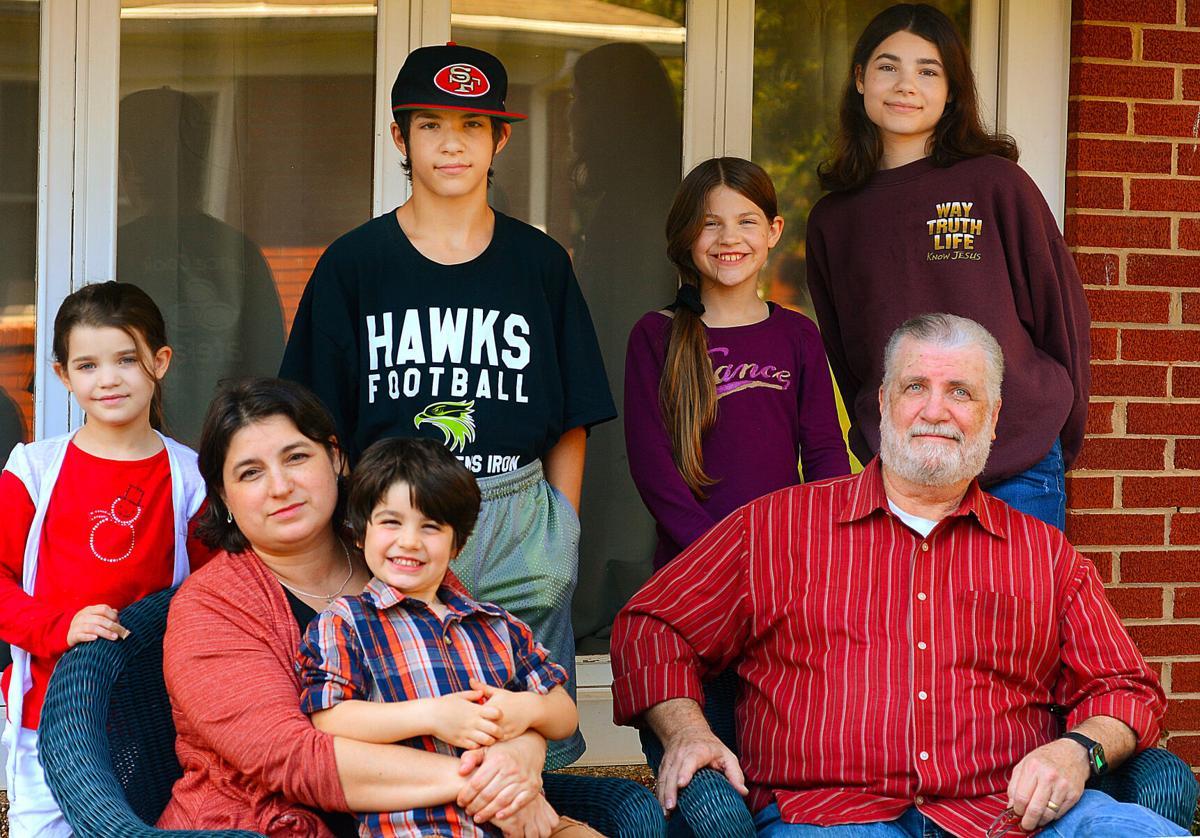112920-hdr-news-covidfamily-p2.jpg