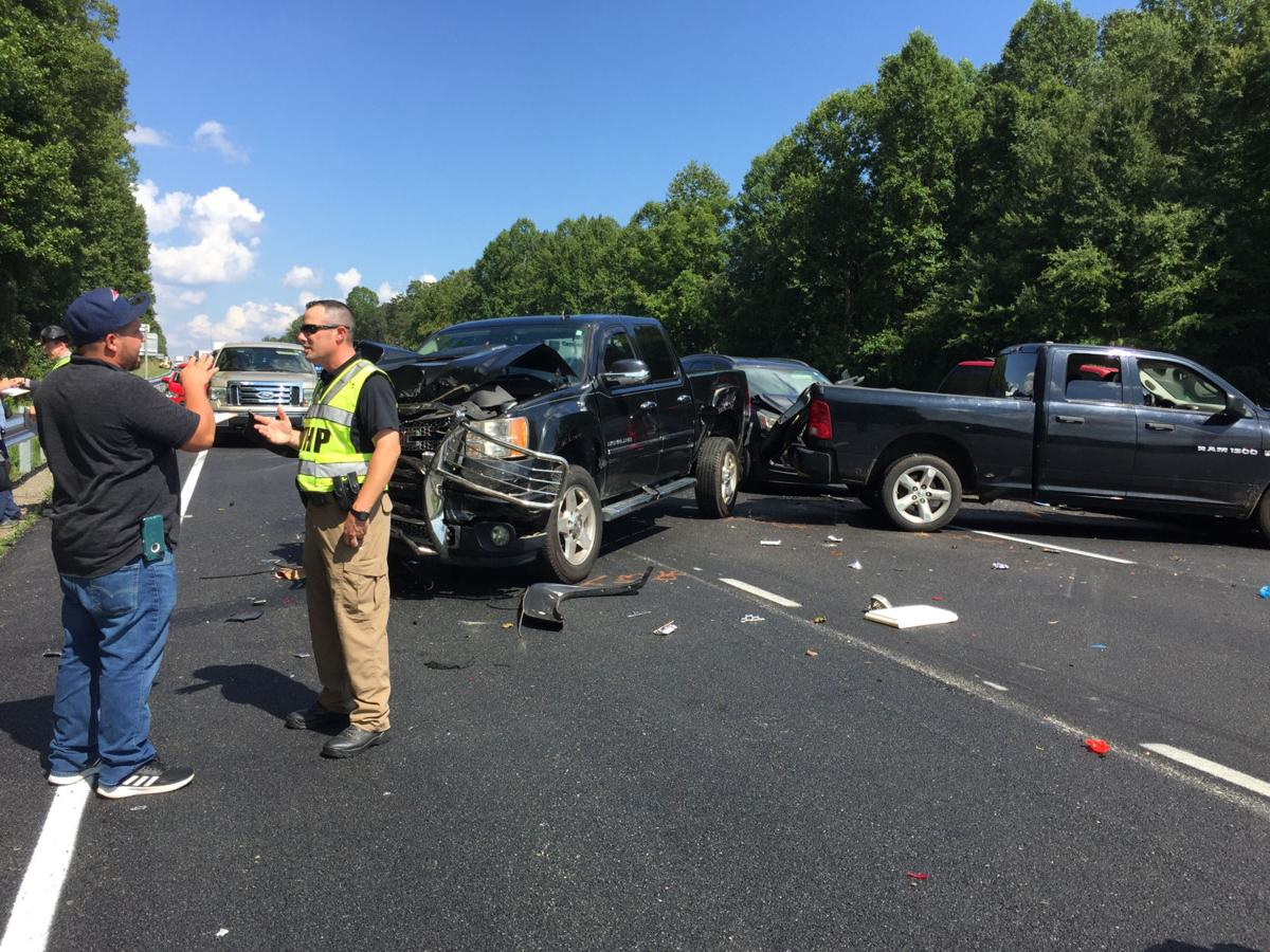 UPDATE: 7-vehicles involved in accident reported on Interstate 40