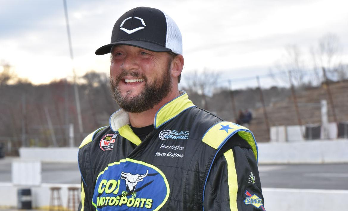 veteran driver no stranger to leading pack at hickory motor speedway latest headlines hickoryrecord com hickory motor speedway