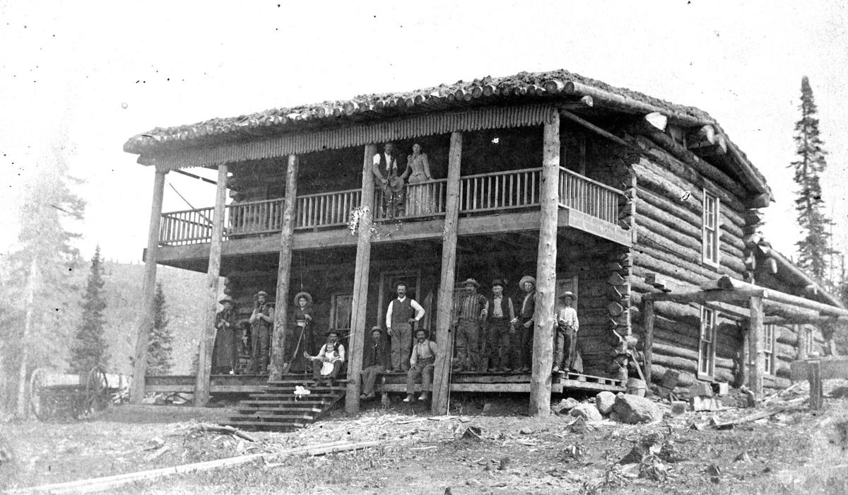 Alexander Lodge