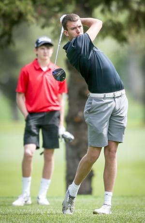 Jake Heinitz swings