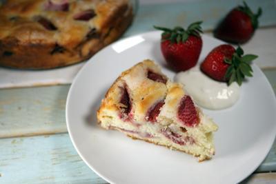 Strawberry-cream cheese cake