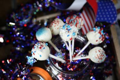 Patriotic sugar cookie pops