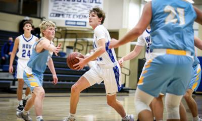 Jackson Anderson drives to the basket