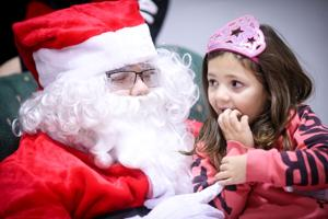 Hillsboro-Business-Association-planning-new-snowman,-tree-decorating-contests