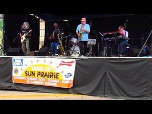 The London Fog performs at Taste of Sun Prairie -- 8-26-2017