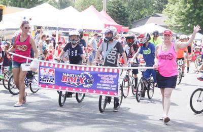 Parade riders