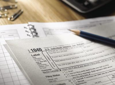 1040 US Income tax form (2021)