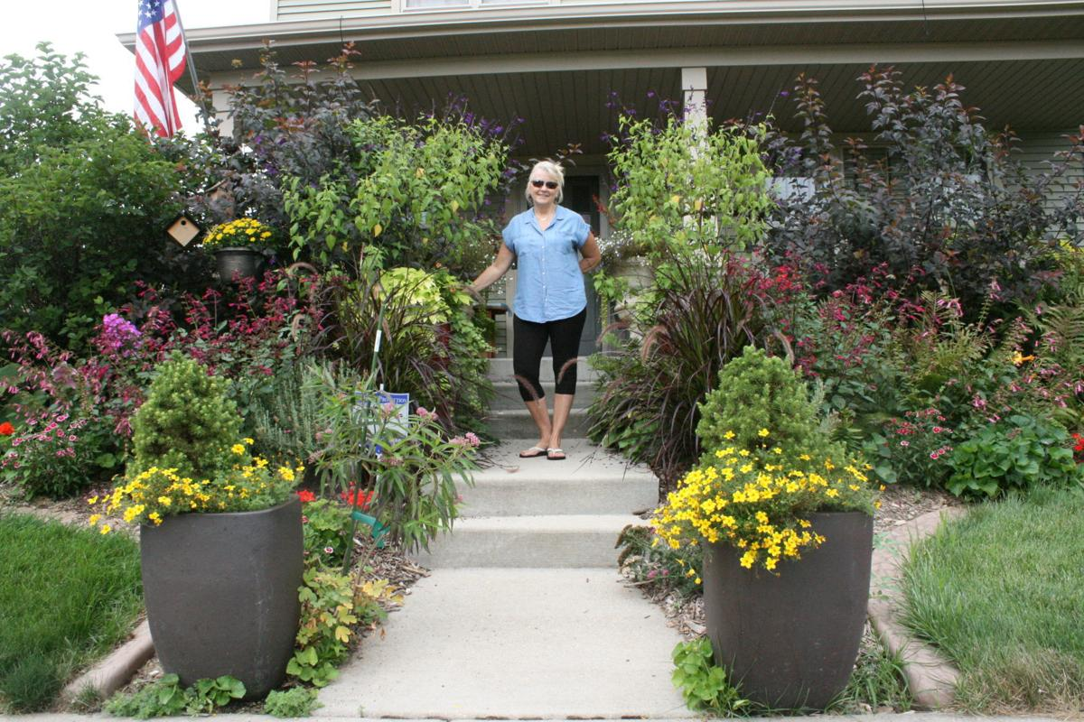 Sun Prairie Garden of the Month: Rhonda Trueblood