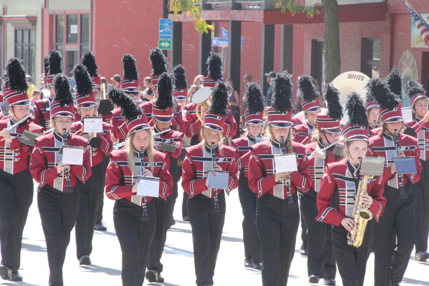 DHS Band 4.jpg